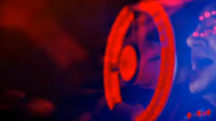U2 - Ultraviolet (Light My Way) 360º Tour Rosebowl