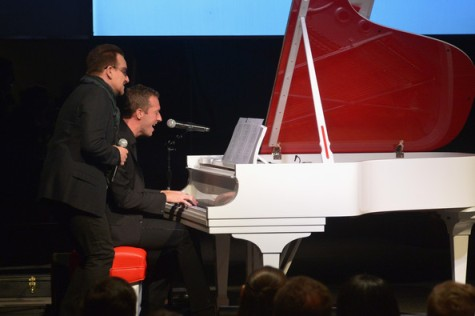 Bono y Chris Martin al piano